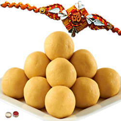 Enchanting Rakhi With Besan Laddoo