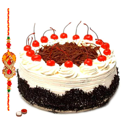 Attractive Gift of 1 Rakhi accompanied with Tasty Taj Bakery Cake/5 Star