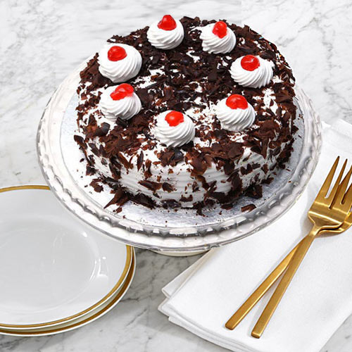 Send Black Forest Cake Online from Taj or 5 Star Hotel Bakery