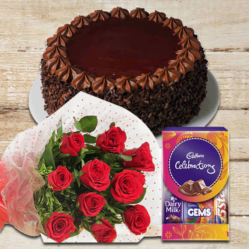 Online Combo of Red Roses Bunch with Cake N Chocolates