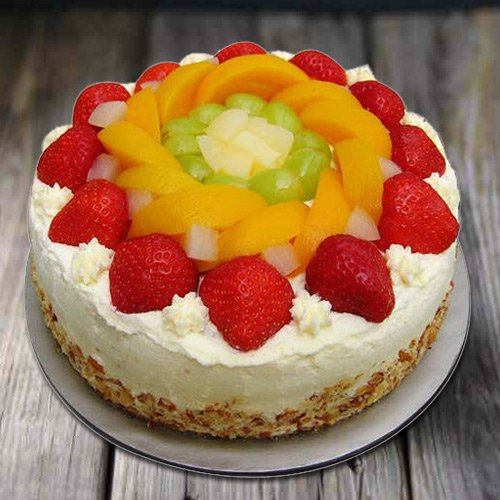 Delicious 1 Kg Eggless Fresh Fruit Cake
