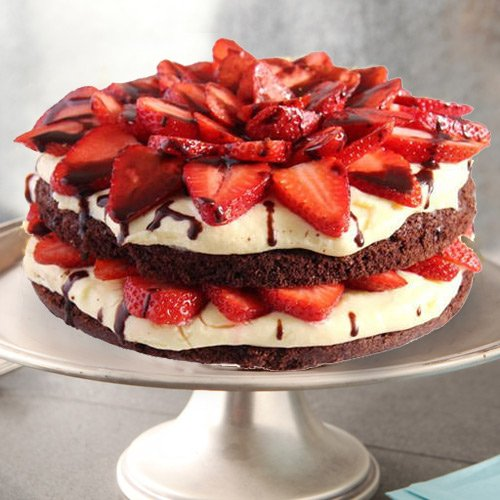 Silky Smooth 2 Kg Strawberry Cake from 3/4 Star Bakery