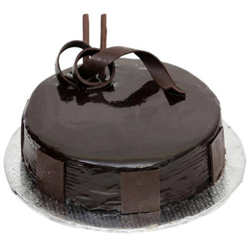 Exceptional 1 Lb Dark Chocolate Cake from 3/4 Star Bakery