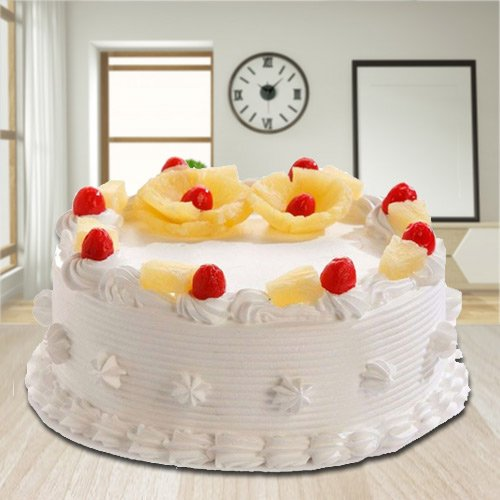Glorious Treat of 2.2 Lbs Eggless Pineapple Cake from 3/4 Star Bakery