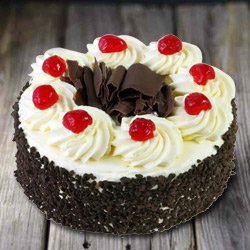 Remarkable 2.2 Lb Black Forest Cake from 3/4 Star Bakery