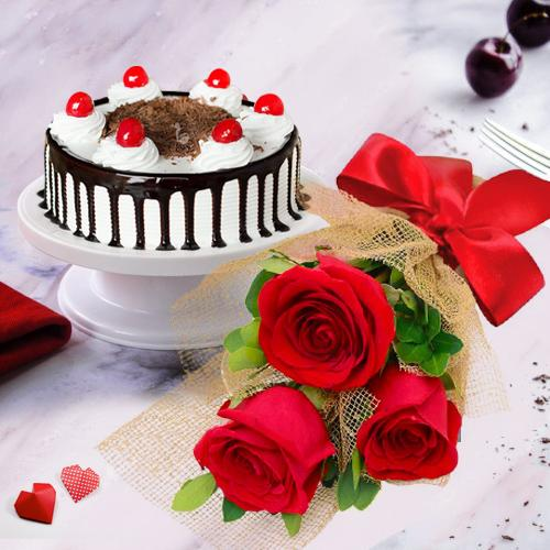 Stylish 3 Red Roses with 1/2 Kg Black Forest Cake