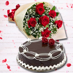 Smoky Red Rose Nosegay and Chocolate Cake