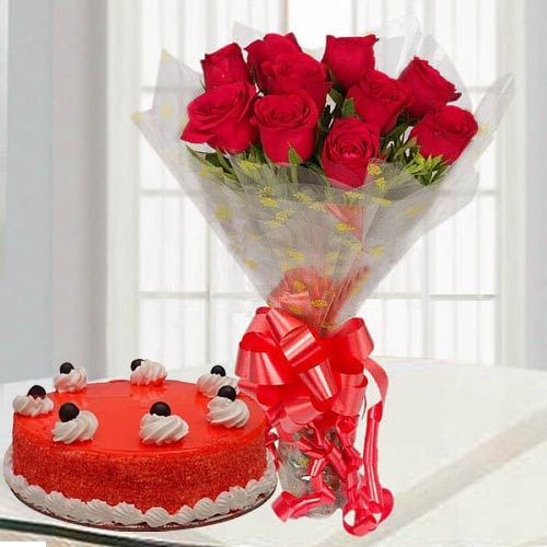 Online Combo of Red Roses Bouquet N Red Velvet Cake