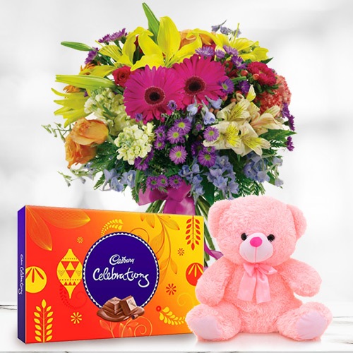 Gift Mixed Flower in a Vase with Chocolate and Teddy Online