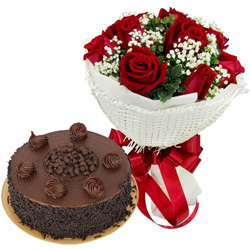 Buy Chocolate Cake N Red Roses Bouquet Online