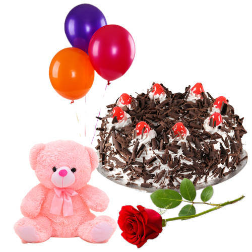 Gift Online Black Forest Cake with Red Rose, Teddy N Balloons