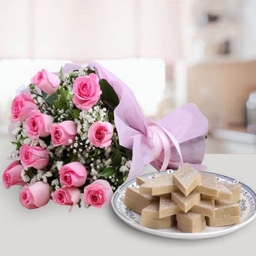 Send Pink Roses with Kaju Katli Online