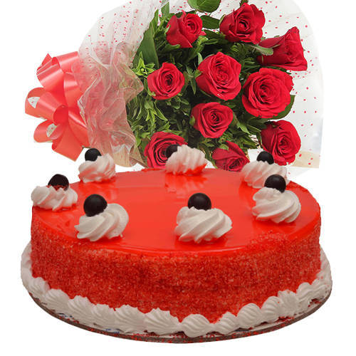 Gift Online Bouquet of Red Roses with Red Velvet Cake
