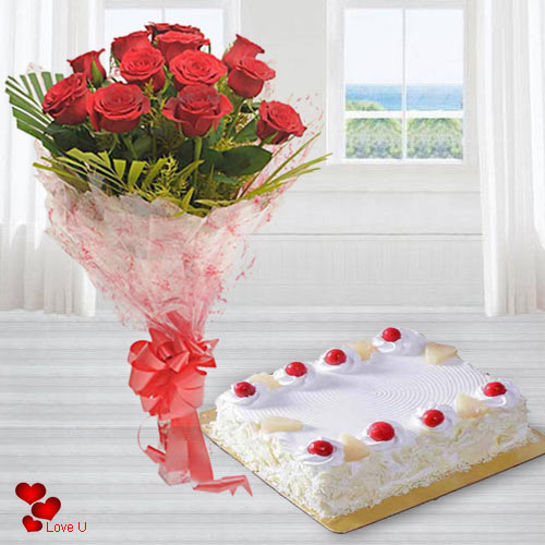 Order Eggless Cake N Red Roses Bouquet Online for Rose Day
