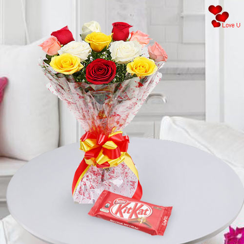 V-Day Gift of Mixed Roses N Kit Kat Online
