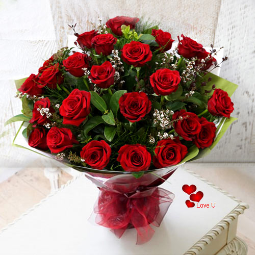 Order for this Dutch Roses Bunch for V-day