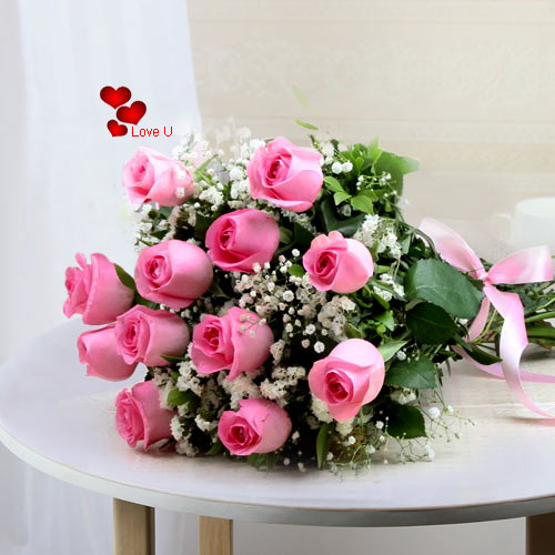 Valentines  Day Gift of Pink Roses Bouquet for Lady Love