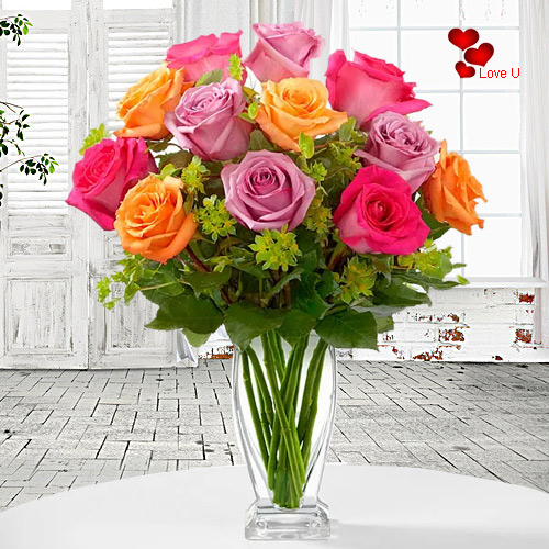 Gift Online Mixed Roses in a Vase