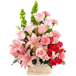 Enchanted Blossoms in a Lustrous Arrangement