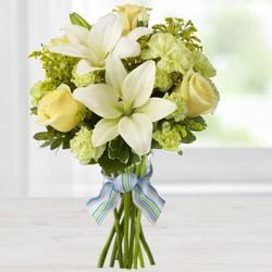Enthralling Bouquet of Buxom Blossoms