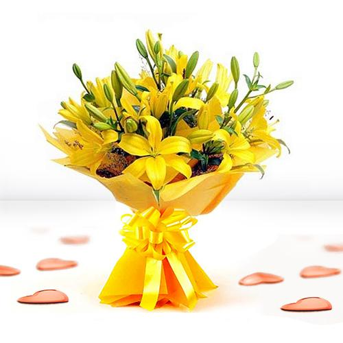 Stunning Bouquet of Yellow Color Lilies