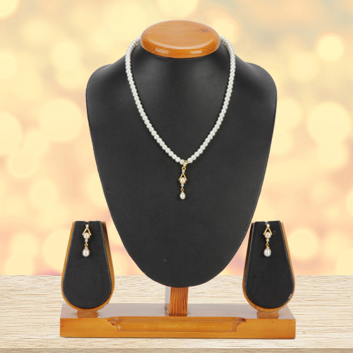 Lovely Pearl Pendent Set with Matching Earrings
