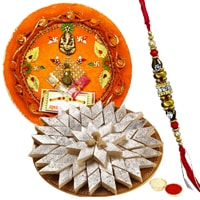 Arresting Gift of Appetizing Kaju Katli <font color=#FF0000>Haldiram</font>s Sweet and Wonderful Pooja Thali