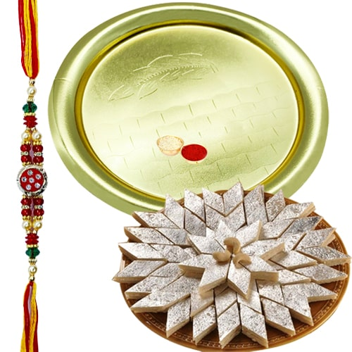 Auspicious Gift of Glorious German Silver Golden Plated Thali along with Crunchy Kaju Katli of 100 Gms from <font color=#FF0000>Haldiram</font>s