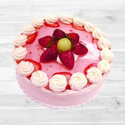 Lip Smacking Strawberry Cake